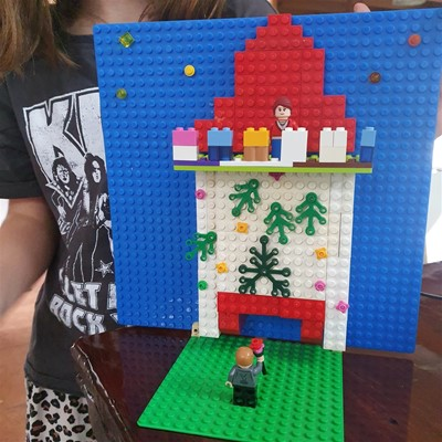 LEGO Club - Juliet's Balcony